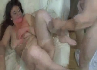 Anal action with a big-bottomed stepmother