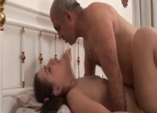 Daddy penetrated his astonishing young daughter